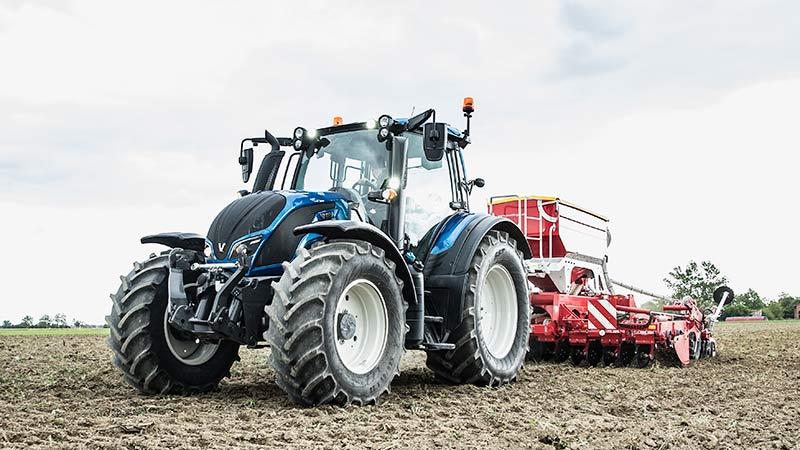 valtra-traktor-poettinger-landtechnik-jedinger